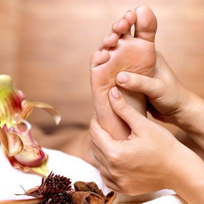 Новая услуга сети — массаж ног!